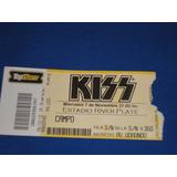 Kiss (entrada Al Show 2012 En River)