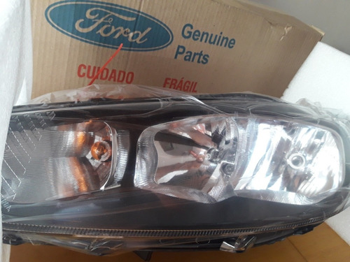 Optica Ford Focus Kinetic