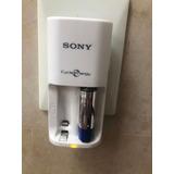 Cargador De Pilas Recargables 2 Aa Sony  Bcg43hs/ar Usado