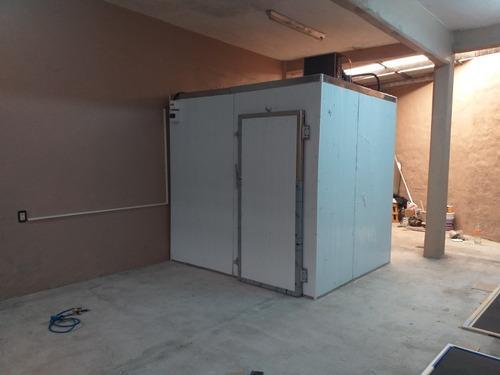 Camara De Frio-frigorifica 2.3 X 2.3 X 2.3 Altura 0 Grados