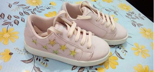 Zapatillas Color Rosa Con Estrellas De Colores N° 31 Impecab