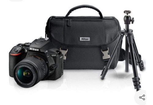 Cámara Nikon D5600 Seminueva/poco Uso Casero Con Accesorios