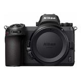 Nikon Z7 Sin Espejo Color  Negro