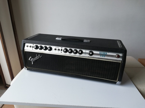 Fender Silverface Bassman 135. Amplificador De Tubos. 1980.