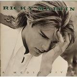 Ricky Martin A Medio Vivir Cd Original Como Nuevo