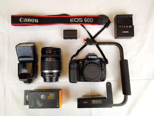 Cámara Canon Eos 60d Con 2 Objetivos Y Accesorios Nuevos!