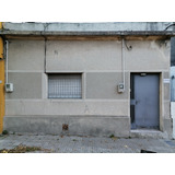 Casa En Alquiler 2 Dormitorios, Blanqueada, Impasa, $17000