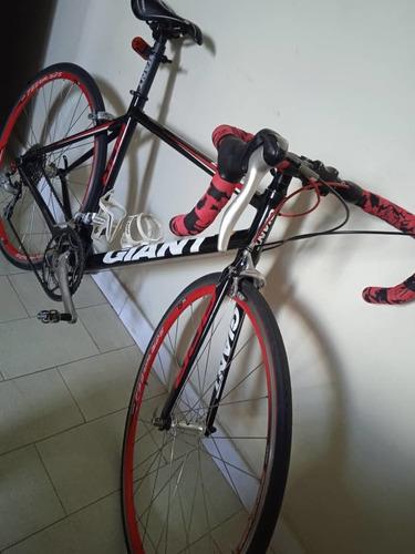 Bicicleta De Ruta Giant Scr