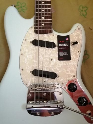 Fender Mustang American Performer