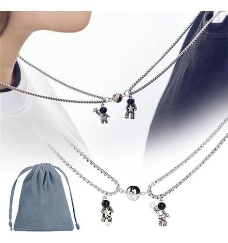 Collar Para Pareja Choker Inoxidable De Astronauta Con Iman