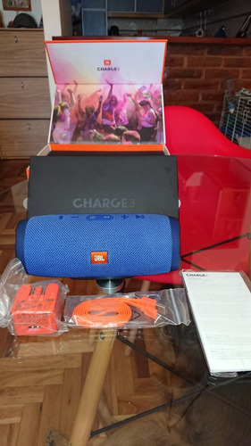 Parlante Jbl Charge 3 Portátil Con Bluetooth  Blue Impecable