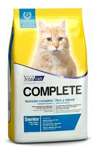 Alimento Vitalcan Complete Para Gato Senior Sabor Mix En Bolsa De 7.5kg