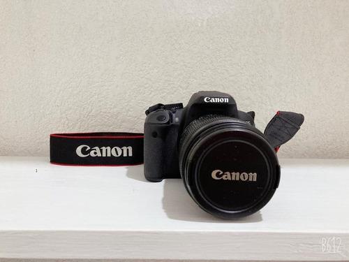Cámara Profesional Canon ® Rebel T4i