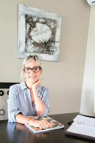 Psicologa  Terapias Breves, Online  Flores Y Caballito