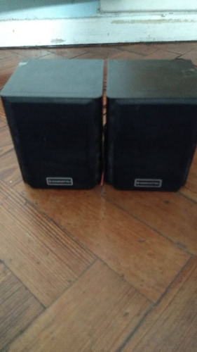Parlantes Daihatsu Rear Speaker