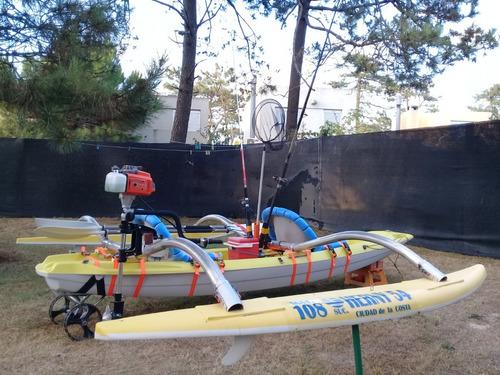 Trimaran Kayak Bic Trinidad Con Motor  Piraña 3.5 Hp Nuevo