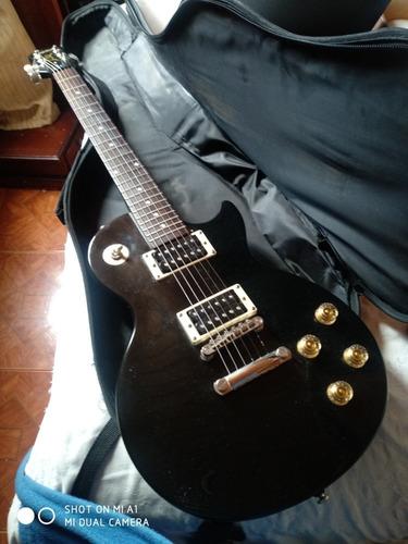 Guitarra, Amplificador Pedalera Y Estuche Duro