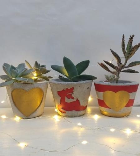 Set Navideño Decorativo De 6 Piezas + 3 Macetas En Cemento