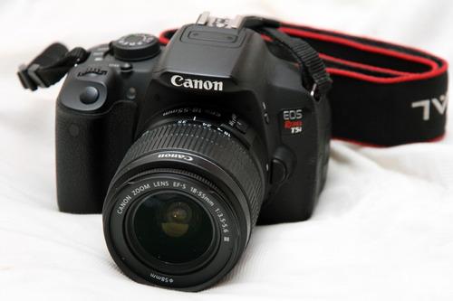 Canon Eos T5i + Lente 18 55mm + Memoria + Bolso  Exelente