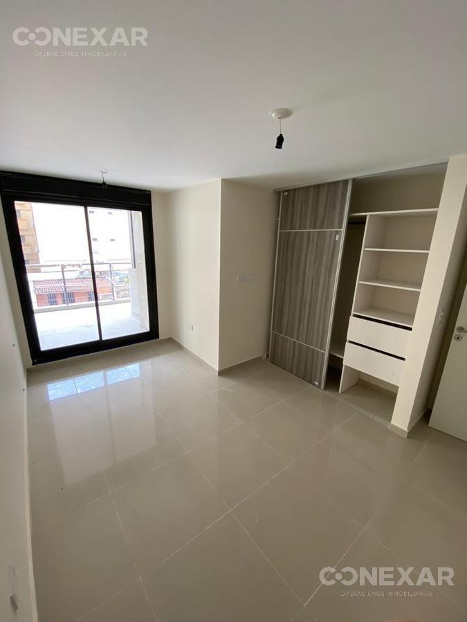 ººº 2 dormitorios, 2 baños y balcón terraza. ººº