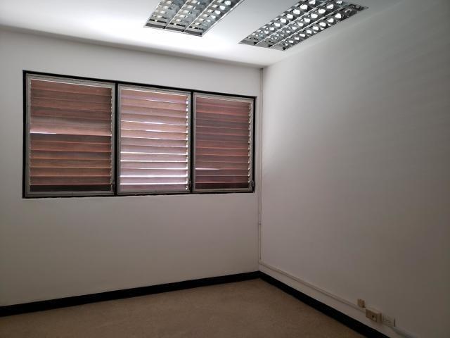 !! 20-4333 oficinas en alquiler