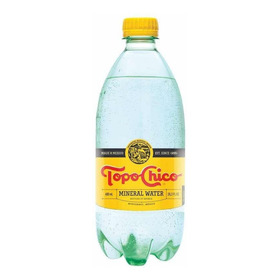 [ 6 Pack ] Agua Mineral Topo Chico Botella De 600 Ml