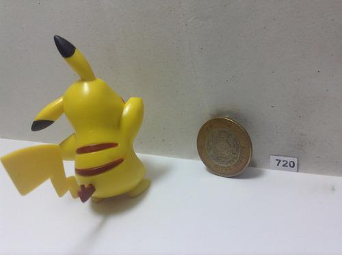 *** 720. pokemon pikachu *** marca jakks pacific.  pokechay