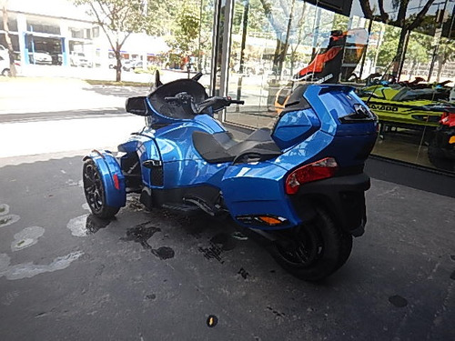 -am spyder can