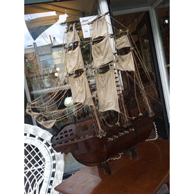 Barco Pirata Galeón En Madera Todo Original Muy Antiguo.