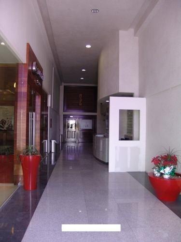 !! excelente oficina corporativa en renta de 240m2 en centro sur !!