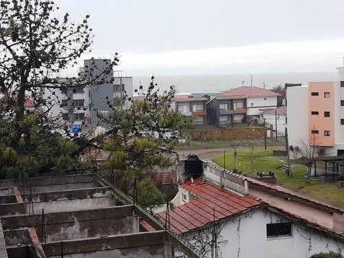 # gesell - venta departamento 4 amb , a 150 mts del mar, zona muelle