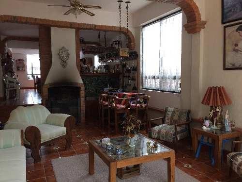¡¡ hermosa casa amueblada en venta ubicada en jurica !!