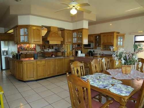¡¡ hermosa casa en venta ubicada  en loma dorada !!