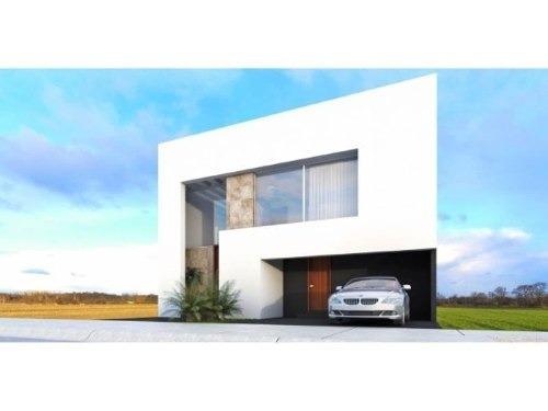 ¡¡ hermosa casa en venta ubicada en lomas de juriquilla !!