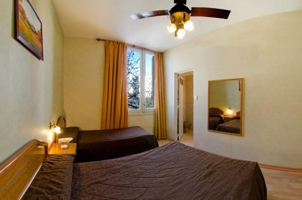 * hotel residencial familiar * alquiler habitacion mensual