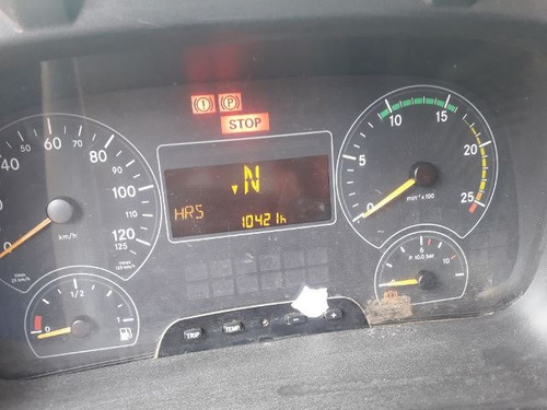 -- mercedes-bens axor 4144 k 6x4 ano 2011 km 120.053
