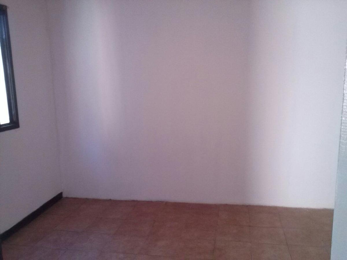 * sin expensas * casa ph  2 amb c/ patio y lav. *c/ recibos*