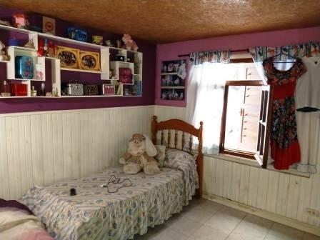 # venta casa 3 amb en 2 plantas b° la carmencita