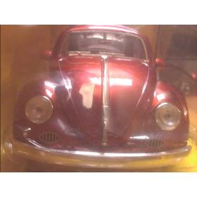 -wolkswagen Beetle Año 1959 Marca Jada Color Vino Tinto Esca