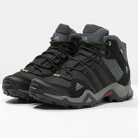 zapatos de montaña adidas
