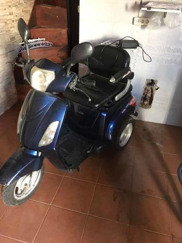 000000 triciclo