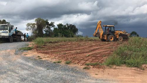 01- lotes com acesso na represa e prox a comercios locais