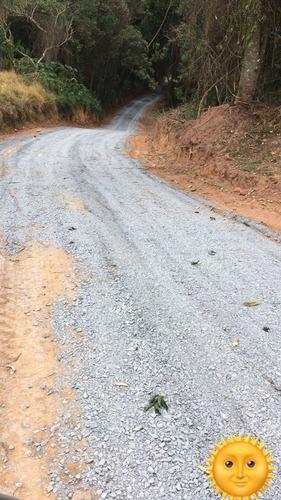 01-lotes com estradas cascalhadas e todos demarcados