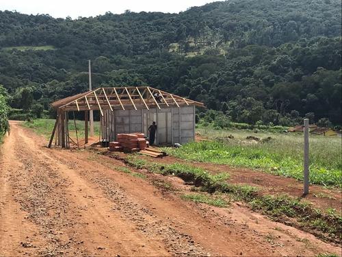 01- lotes demarcados com acesso na represa