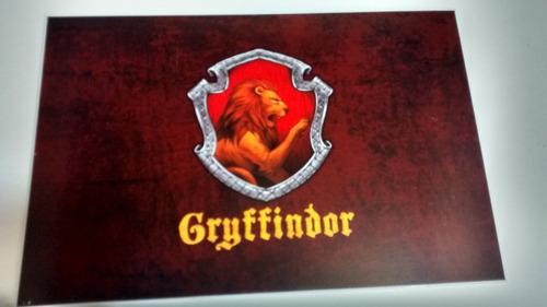 01 placa de pvc casa grifinória - gryffindor - harry potter