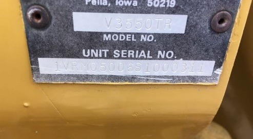 01) zanjadora sobre llantas vermeer v3550 para tierra