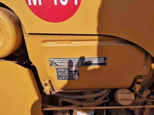 01) zanjeadora sobre llantas vermeer v3550 para tierra