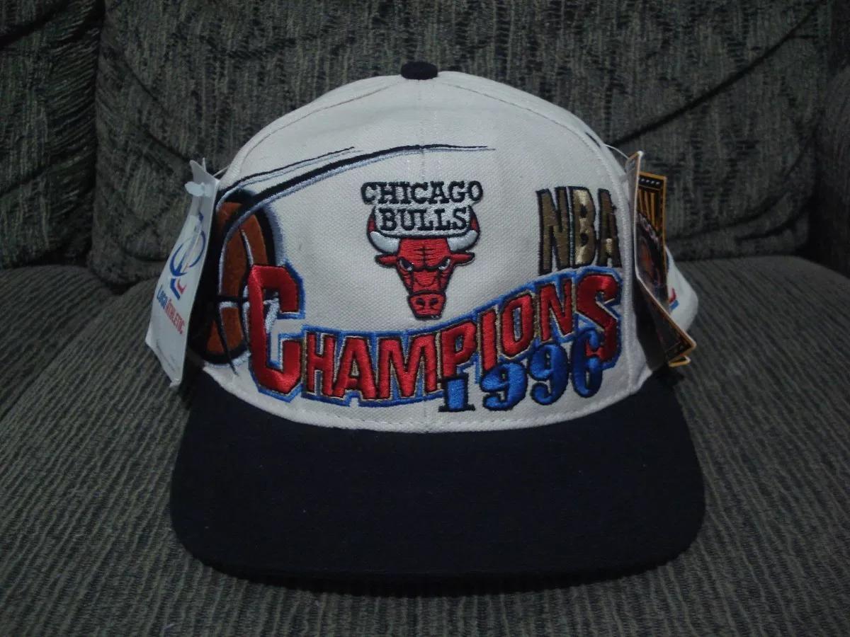 02 bonés chicago bulls champions anos 90. Carregando zoom. eef2af1d777