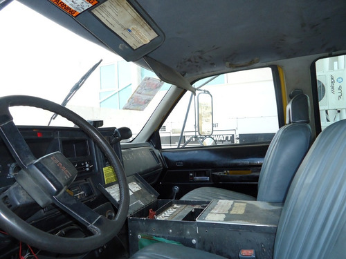 02) camion gmc doble cabina 1993 con grua national 3.8 ton