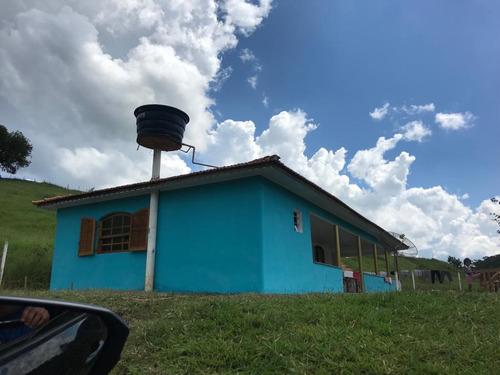 02 casa com linda vista para represa